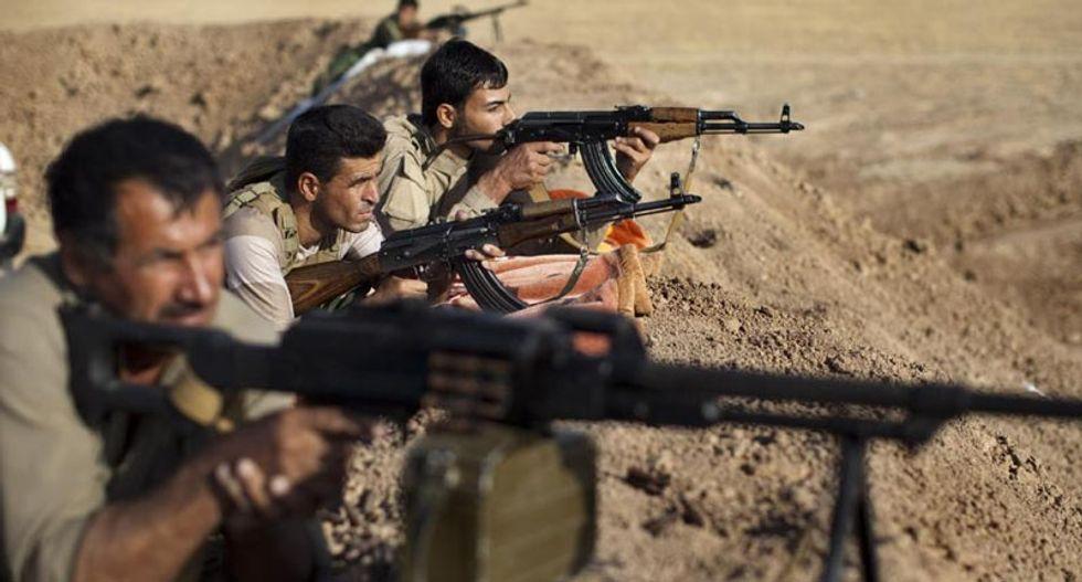 Kurdish troops in Iraq attack Islamic State jihadists on three fronts