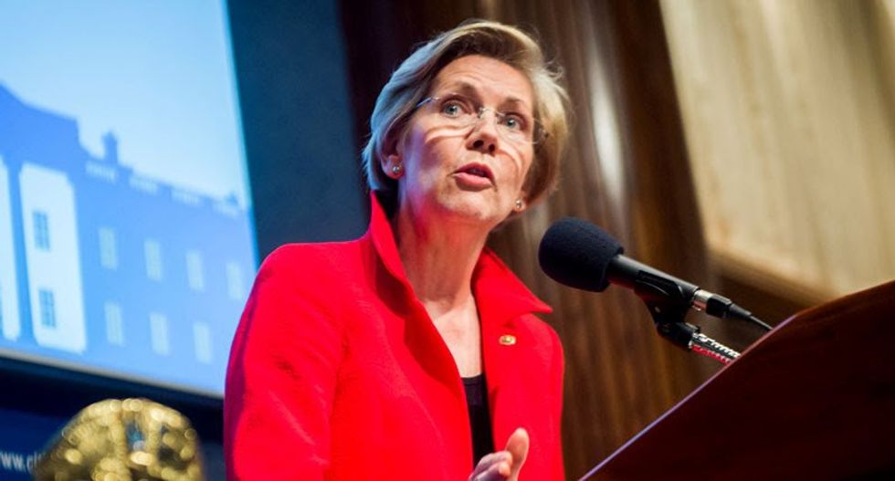 Elizabeth Warren rips USPS board members for 'acting as acccomplices' to DeJoy as he sabotages mail delivery—and the election