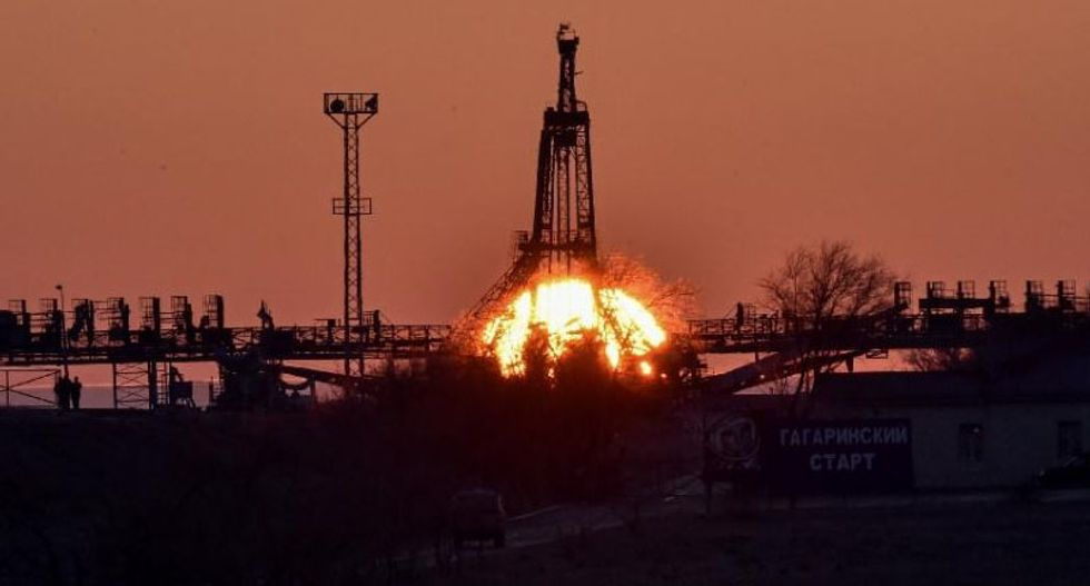 Russia restarts spacecraft after embarrassing failures