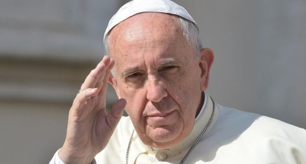 Pope Francis slams nations which 'close the door' to migrants