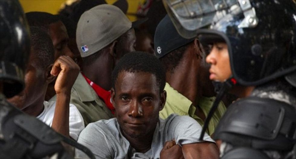 Thousands of Haitian immigrants race to avoid deportation from Dominican Republic
