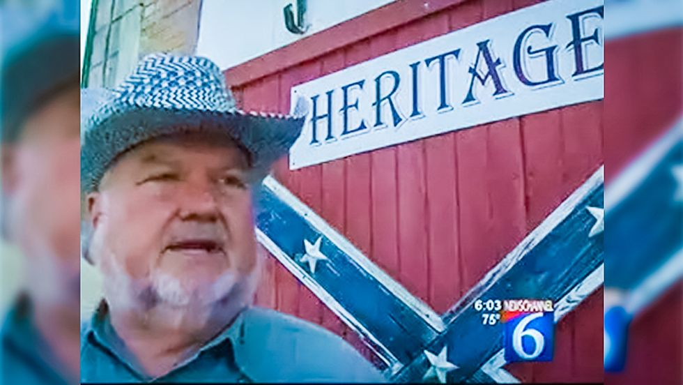 Defiant Texas man nails 6-foot wooden Confederate flag to building across from county courthouse
