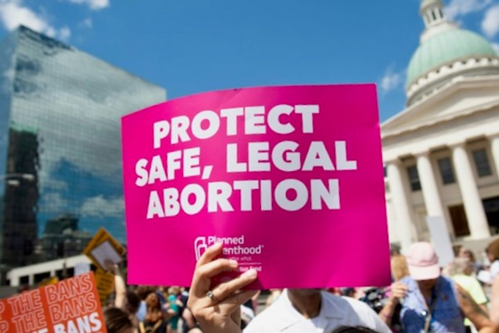 To counter Missouri's attacks on abortion care, Planned Parenthood opens 'mega-clinic' in neighboring Illinois