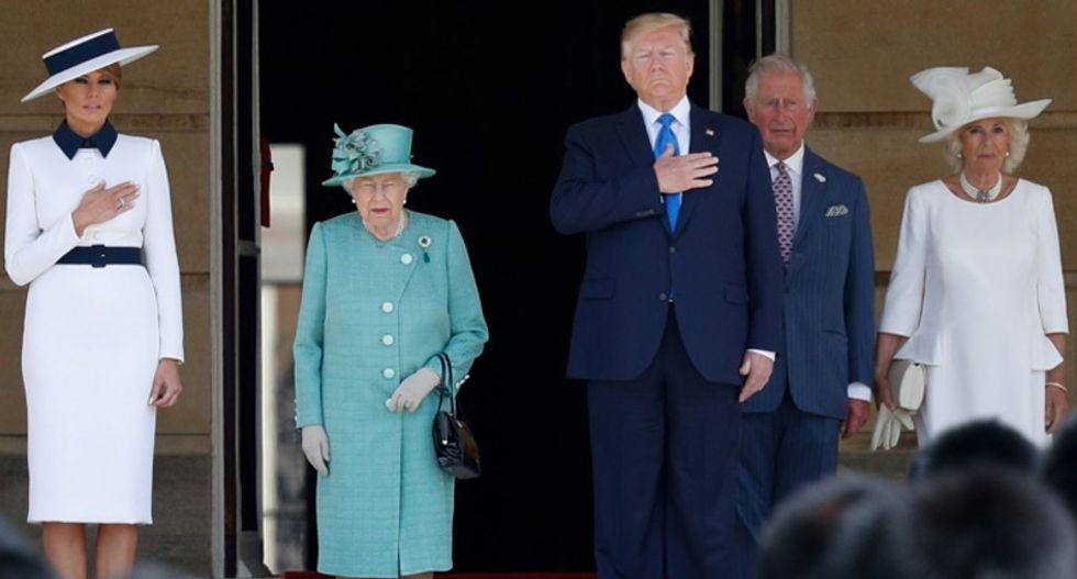 Trump meets Queen Elizabeth II after insulting London mayor