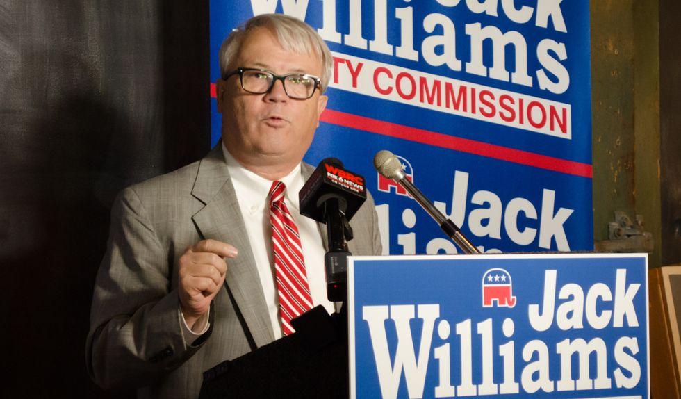 Alabama Republican lawmaker gets hauled to jail after corruption investigation