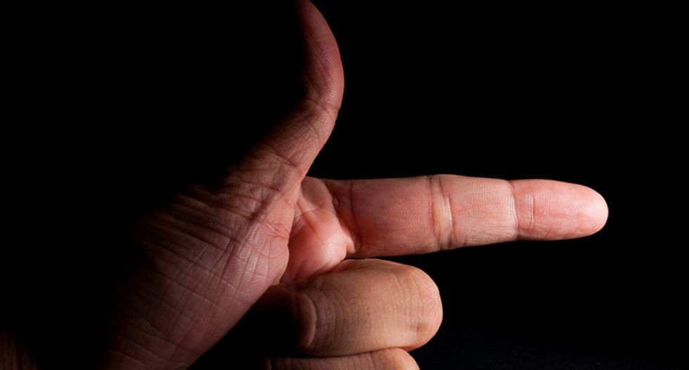 Maryland cop shoots and kills man who waved a 'finger gun' at him following a chase