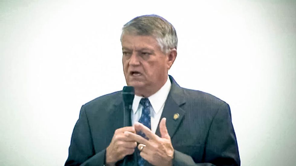 NC Senate votes to cut food stamps after GOPer promises it will make lazy people go to college