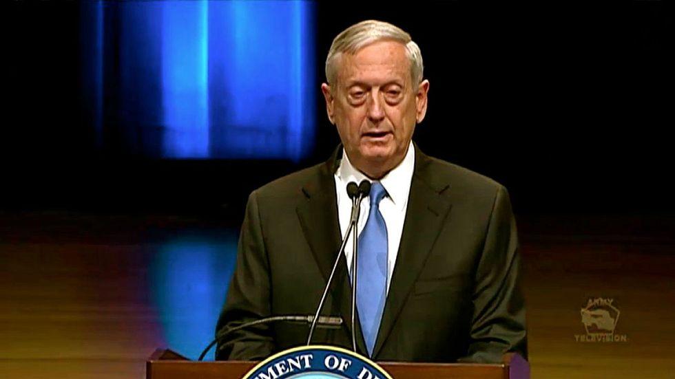 US Defense Secretary Mattis in Iraq as troops battle for Tal Afar