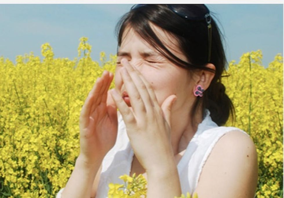 Pollen is getting worse, but you can make things better with these tips from an allergist