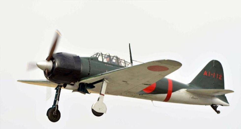 Restored Zero fighter takes to the skies in Japan