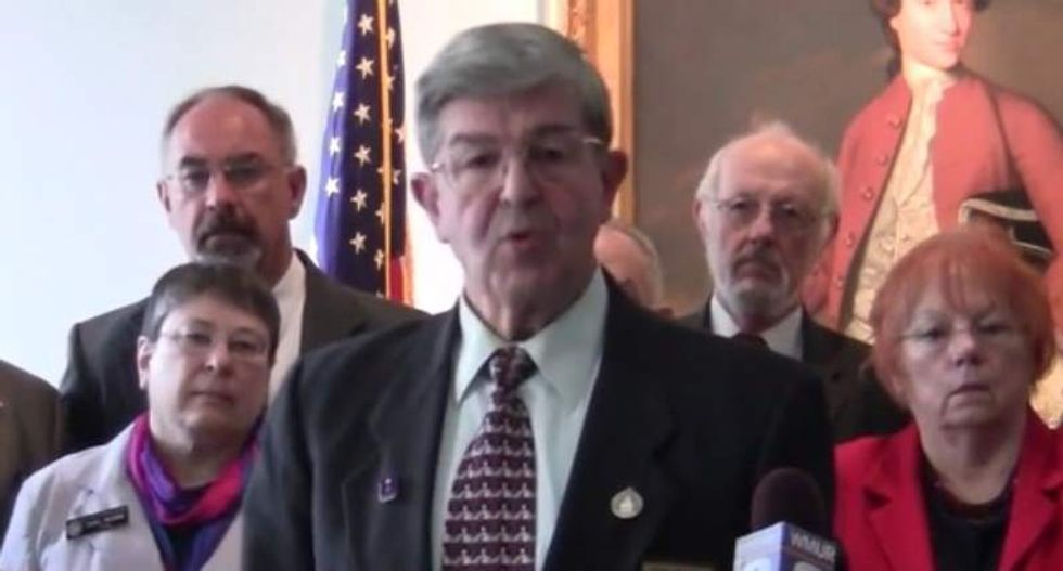 New Hampshire Repub's anti-Islam rant: Offering public assistance to Muslims is 'treason'