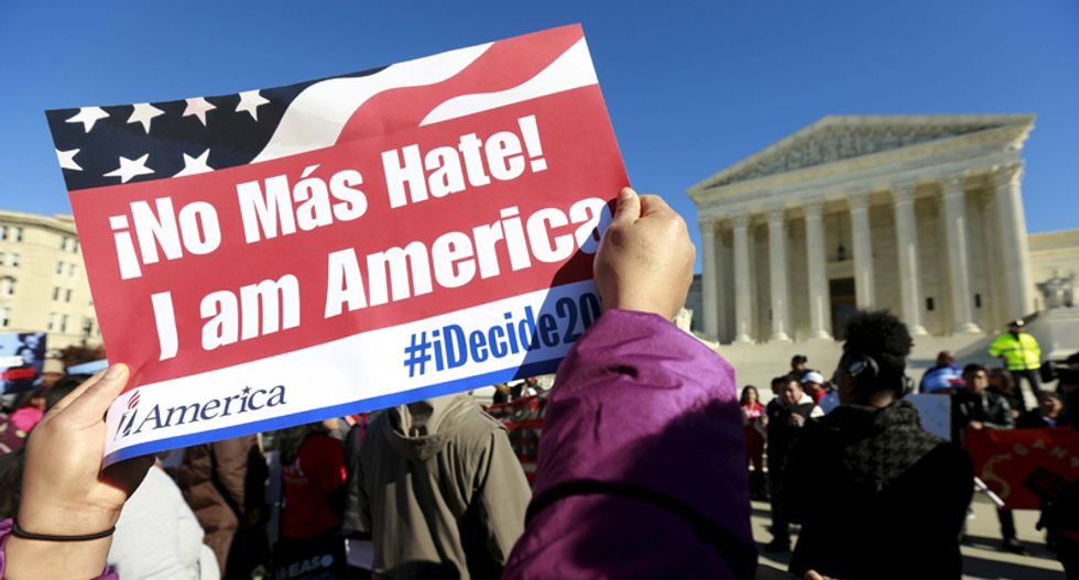Obama asks Supreme Court to reconsider immigrant protection plan