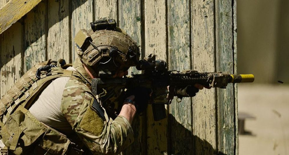 Obama to send 250 more special forces personnel and other troops to Syria