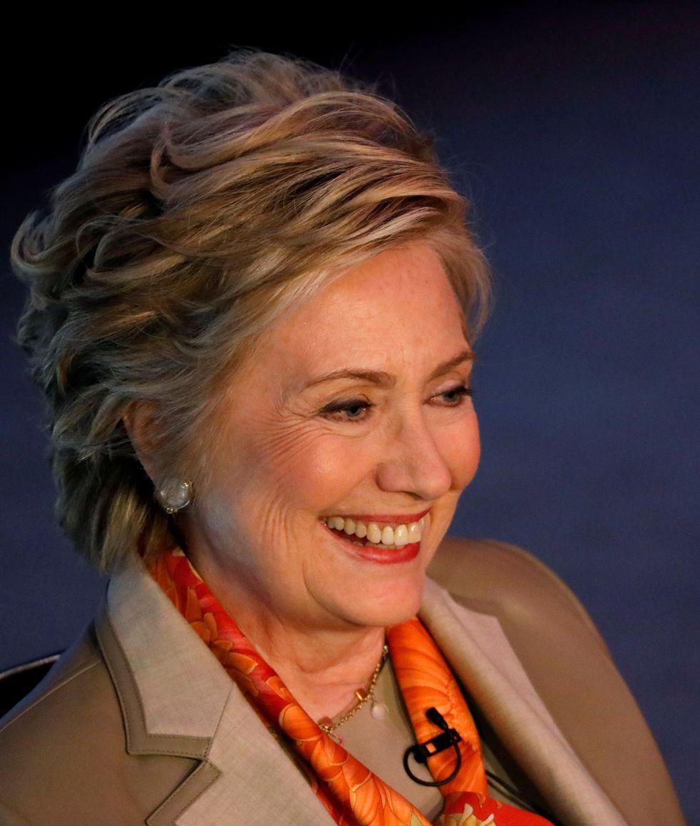 Hillary Clinton applies for job as Murphy's secretary in 'Murphy Brown' return to TV