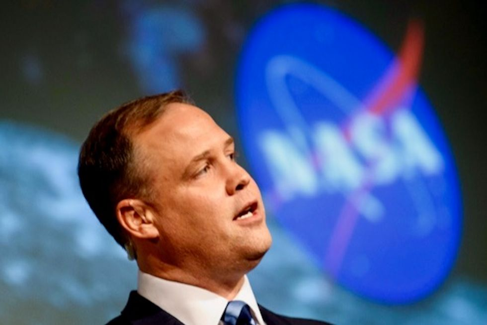 Trump asked NASA if their technology could sterilize the inside of people's lungs to kill coronavirus