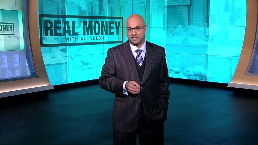 Corey Lewandowski goes down in flames arguing Trump trade policy with Al Jazeera's Ali Velshi