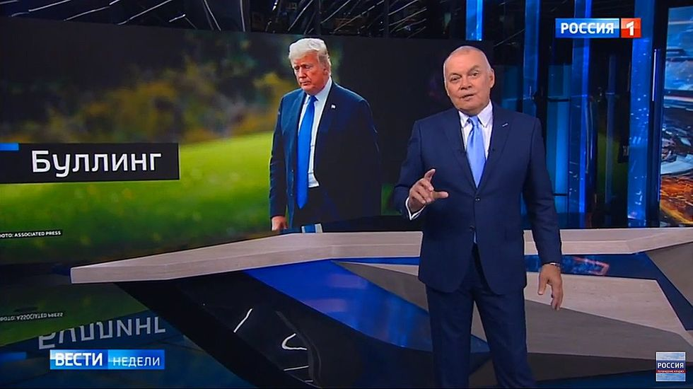 Russian state TV goes into overdrive defending Trump's genitalia: 'Stormy's expectations are unreasonably high'