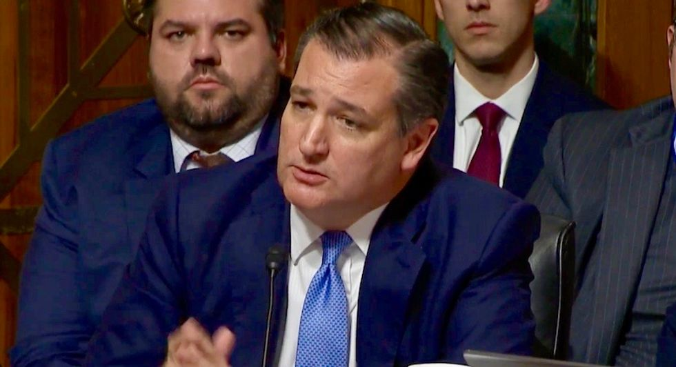 Ted Cruz gives lecture on 'heart-wrenching' sight of Kavanaugh's mother watching son accused of gang rape