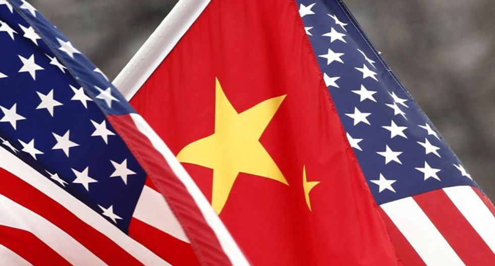 China 'to sanction' US firms over Taiwan arms sale