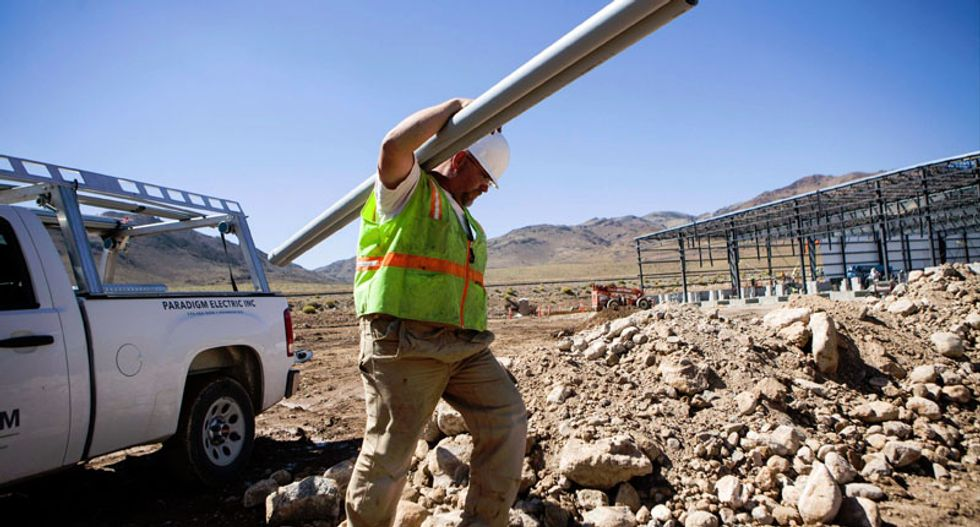 New Tesla Motors factory ignites hopes of a business 'tsunami' in Nevada
