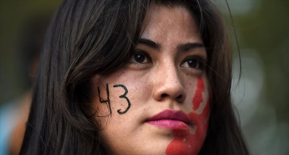 Mexico arrests gang suspect in missing students case