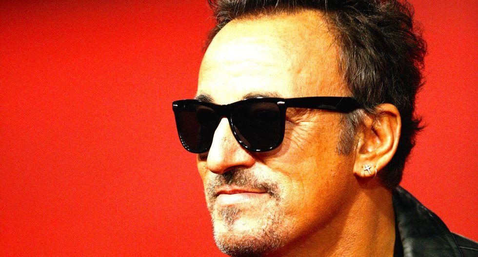 Bruce Springsteen slams Trump's 'Muslim ban' onstage in Australia