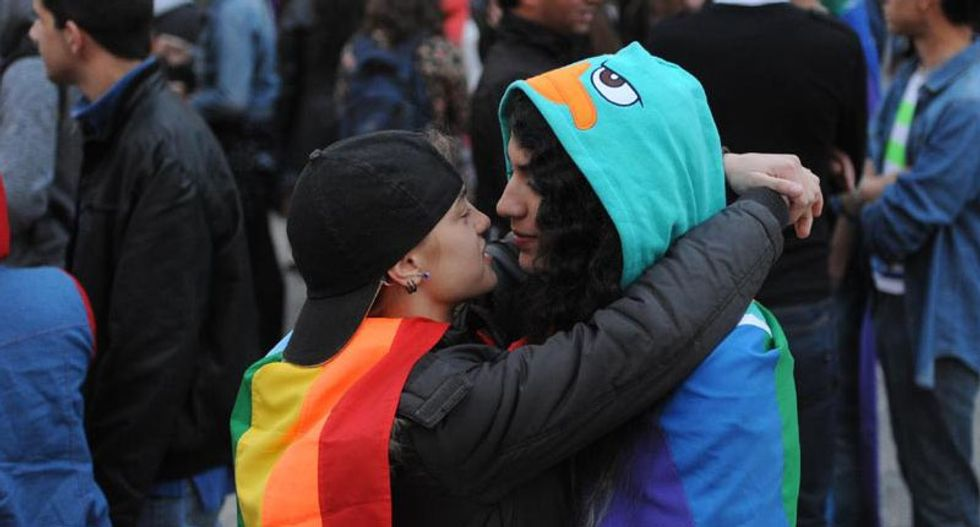 Despite supporting same-sex marriage, Americans not so cool with gay public affection: study