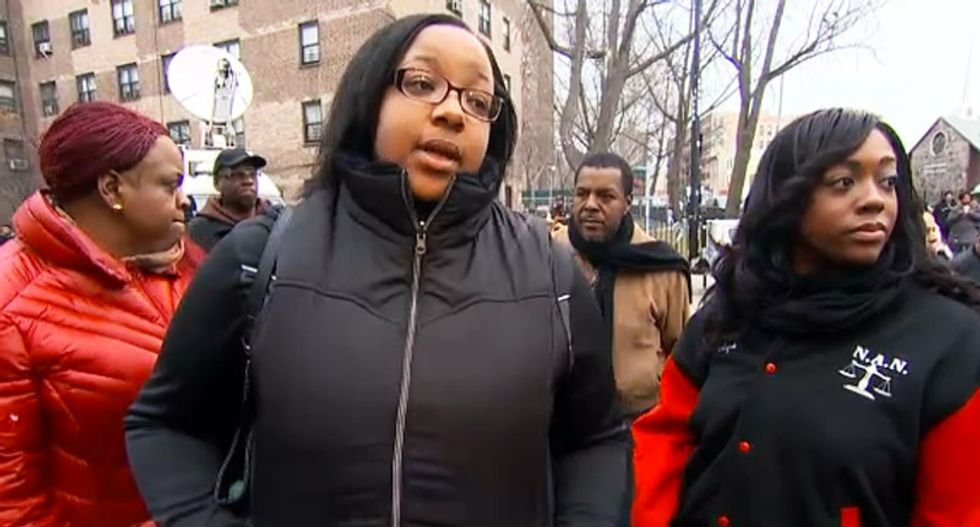 Eric Garner's daughter visits memorial to slain New York City officers: 'We're not anti-police'