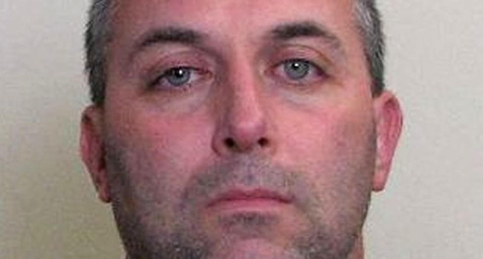 Illinois cop charged with burglarizing homes and businesses while on duty and in uniform