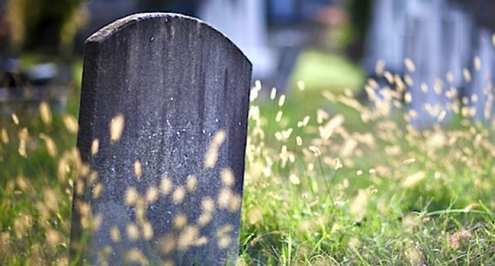 US life expectancy shortens for first time in decades