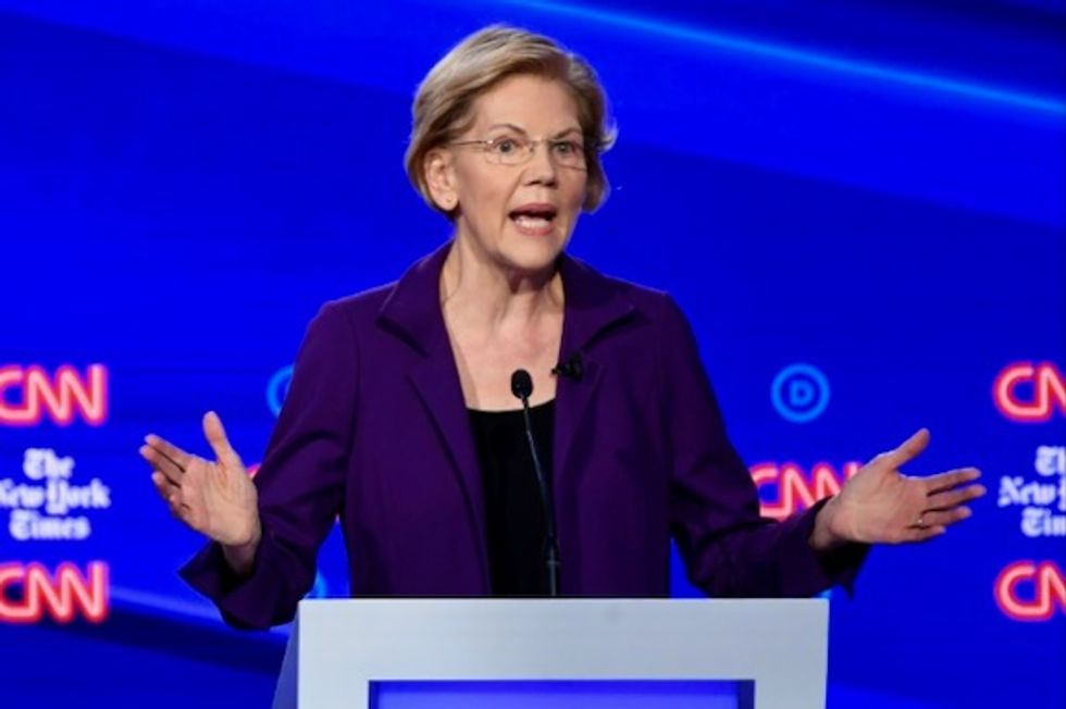 Rising star Warren weathers attacks at Democratic White House debate