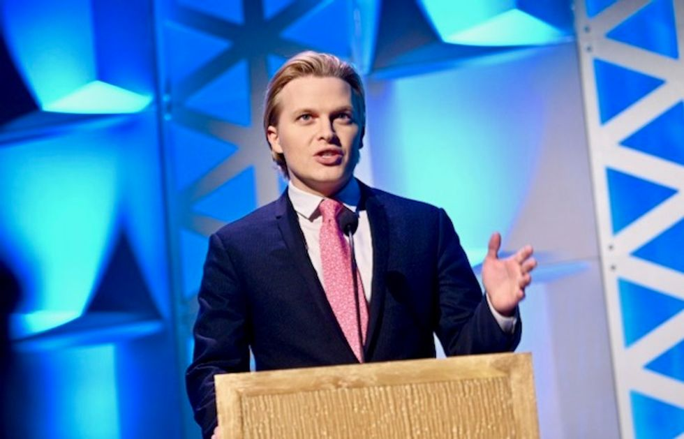 Aussie retailers pull Ronan Farrow's 'Catch and Kill' after legal threats