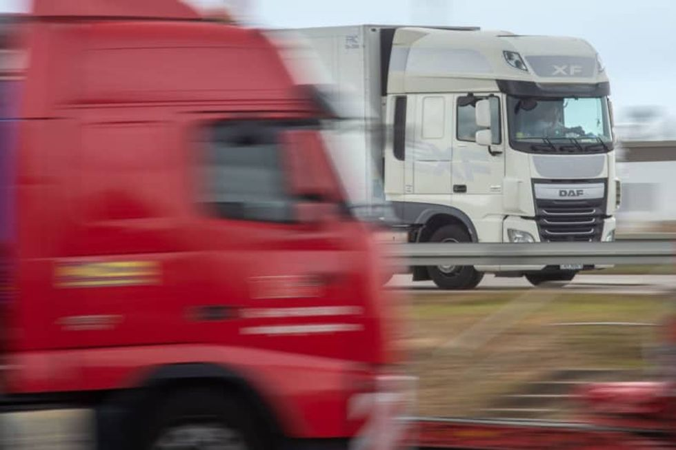 In a high-tech world, CBradio lives on in the world of trucking