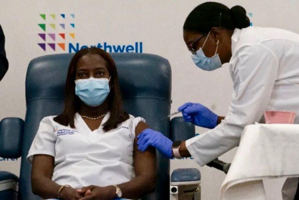 US vaccine challenge: convincing skeptical African Americans
