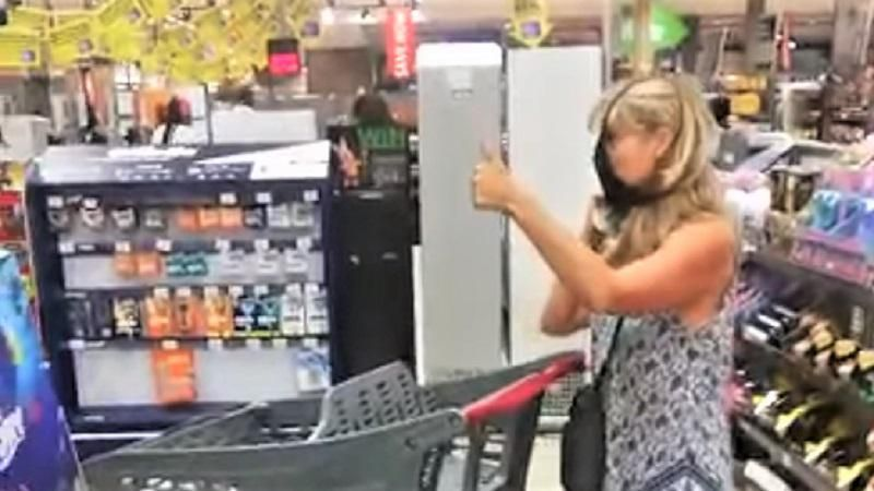 WATCH: Anti-masker puts underwear over her face after getting called out by grocery workers