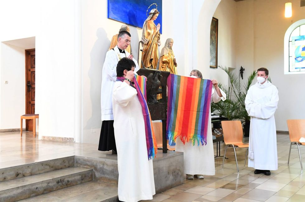 German churches bless same-sex couples in defiance of Vatican
