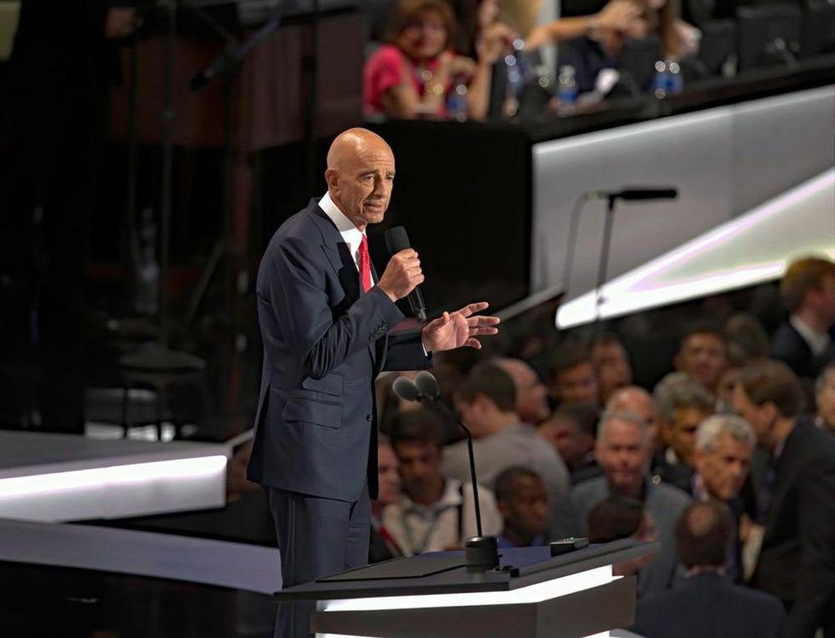 Here's why Trump's longtime friend Tom Barrack could flip on the former president
