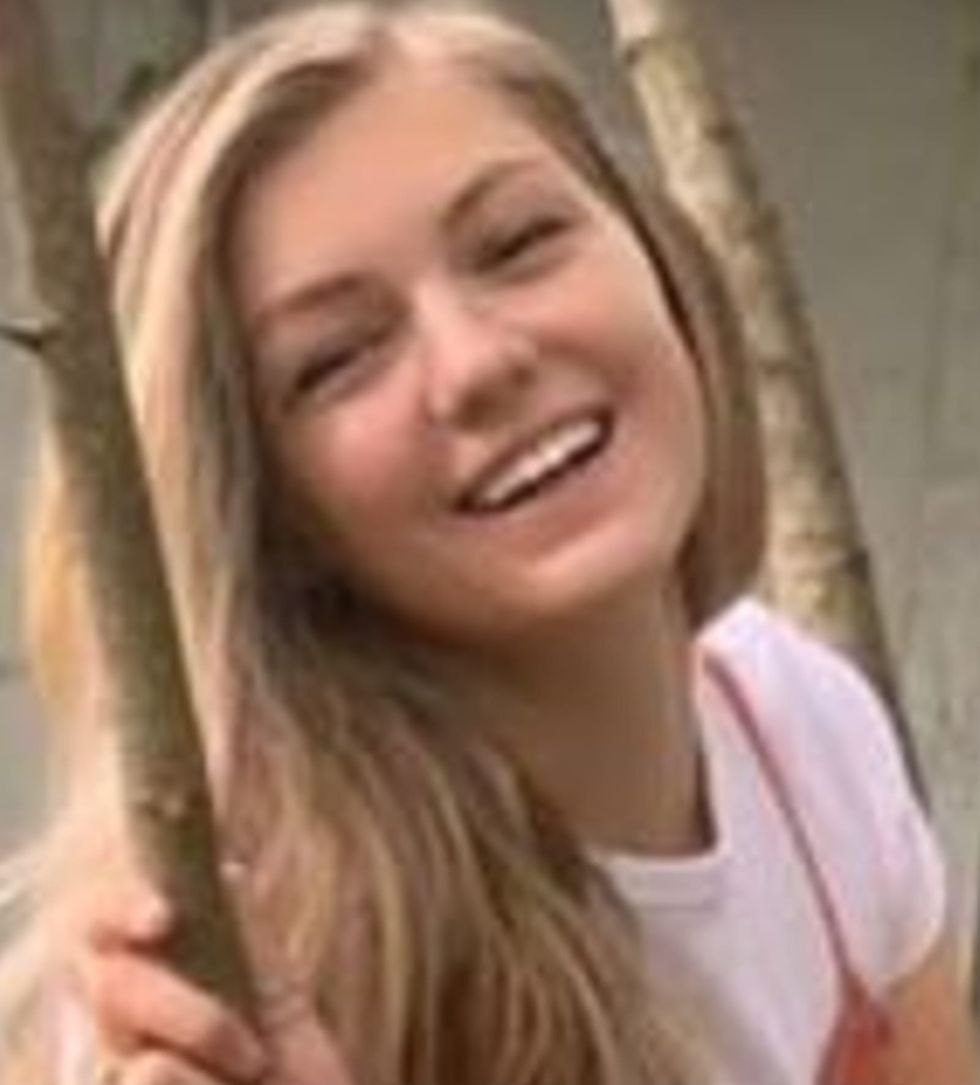 Gabby Petito search focuses on Wyoming campground while boyfriend missing in Florida