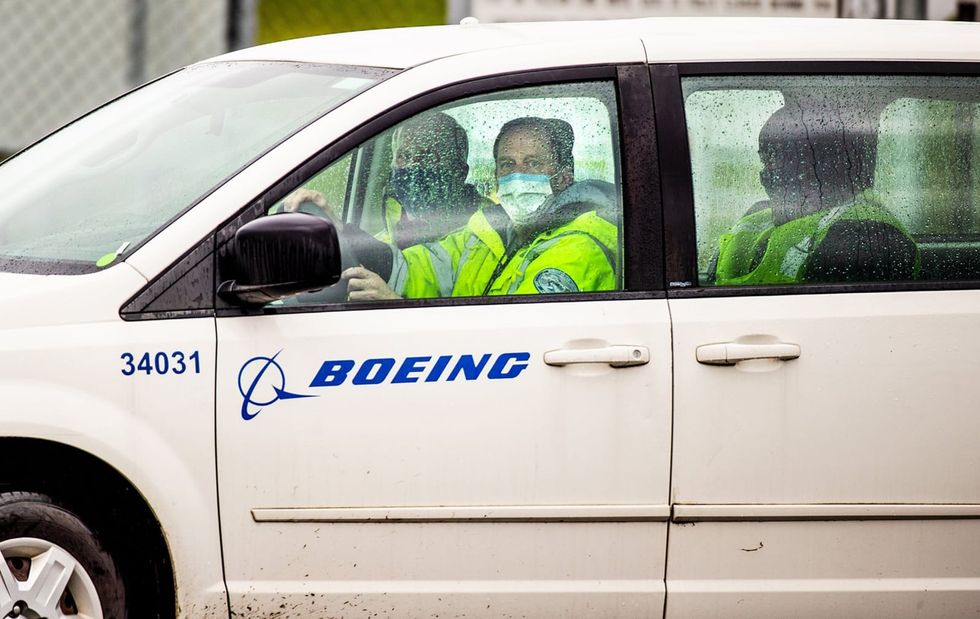 Despite wary labor unions and conservative opposition, Boeing will require all employees to be vaccinated