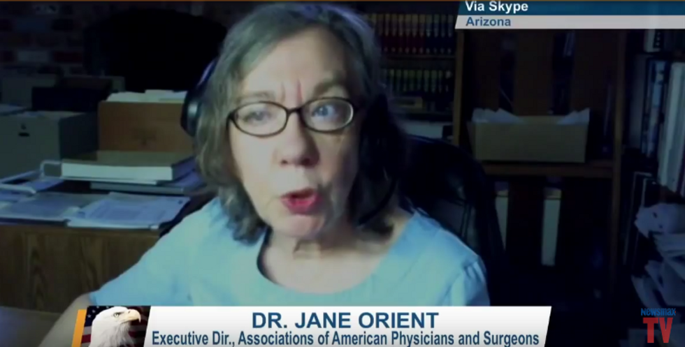 Meet the quack Tea Party doctor behind the rumors that Hillary could keel over and die at any minute