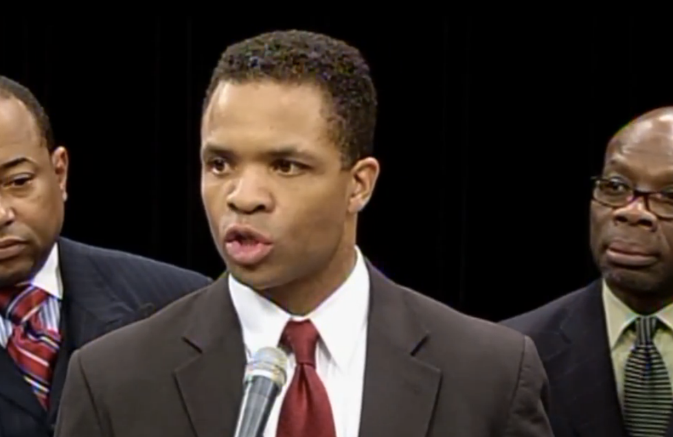 Jesse Jackson Jr. sent to solitary then transferred to new prison for helping other inmates