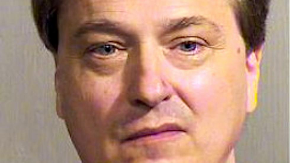 Arizona brain scientist in Phoenix airport flap says he was making a political statement