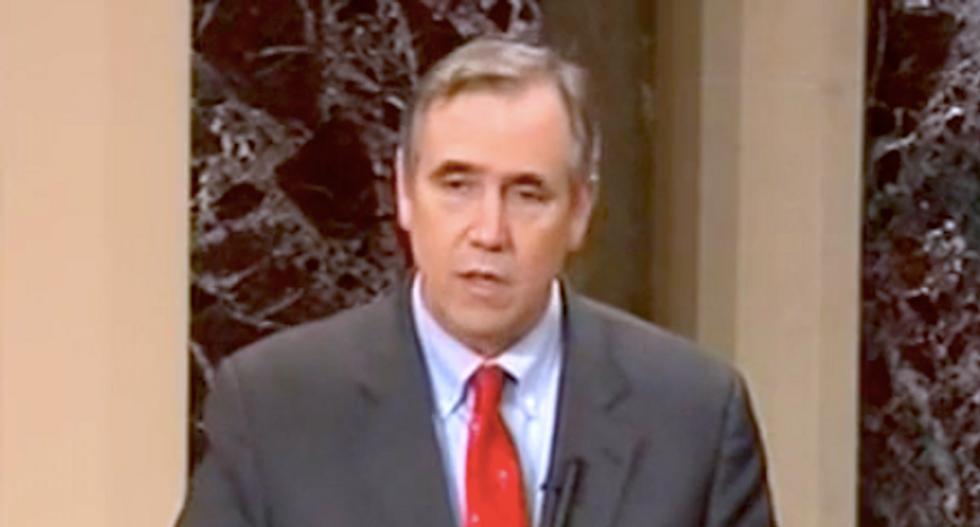 After blocking Elizabeth Warren, Mitch McConnell lets Oregon Dem Jeff Merkley finish reading King letter