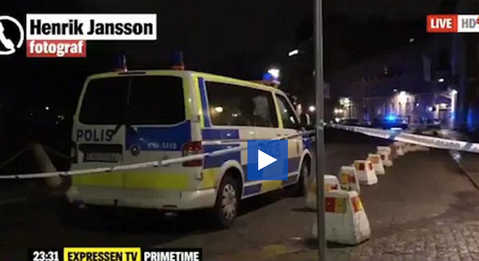 Gang of men hurled firebombs at Swedish synagogue