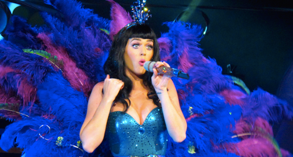Raul Castro's daughter meets with US pop star Katy Perry