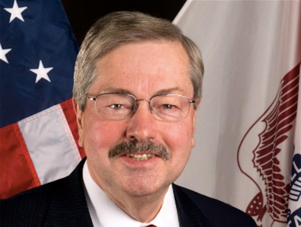 Iowa lawmakers champion bill to limit public-sector unions