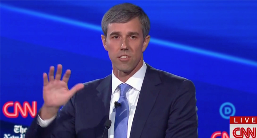 Beto O'Rourke goes after Warren on taxes as he and Castro fight for their political survival