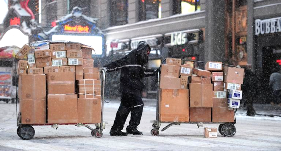 Four dead as weirdly localized snowstorm hits some areas in western New York