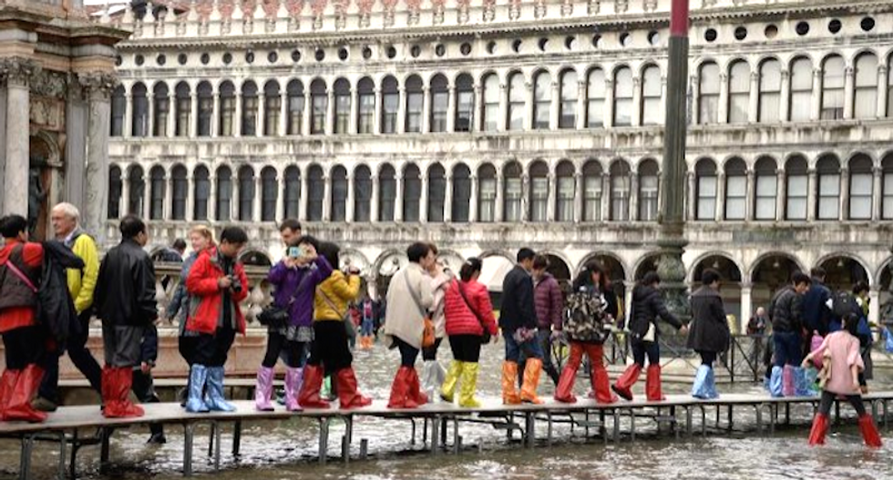 Venice bans wheeled luggage to silence incessant rumble across cobblestone