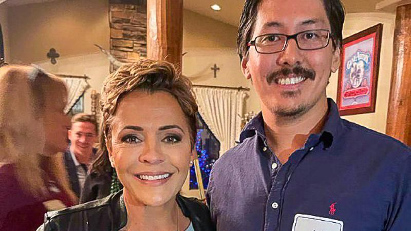 Trump-backed candidate for Arizona governor caught having dinner with top QAnon operator